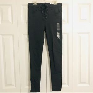 American Eagle Lace Up Jegging
